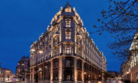 Travel News: легендарный отель-дворец в Будапеште снова принимает гостей