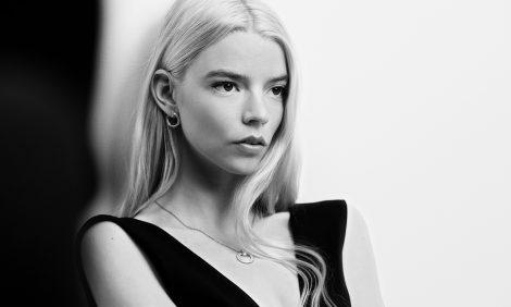 <nobr>Часы & Караты:</nobr> Аня Тейлор-Джой стала одним из трех амбассадоров <nobr>Tiffany & Co.</nobr>