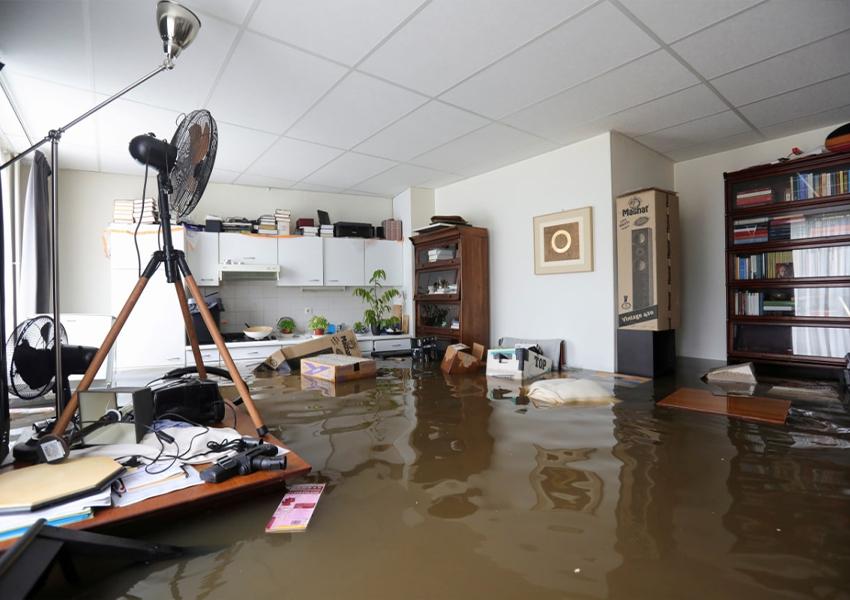 Затопленный дом в деревне Джелль, Нидерланды, 16 июля 2021 года