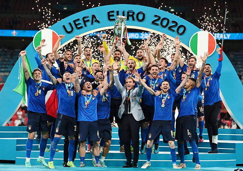 Сборная Италии по футболу