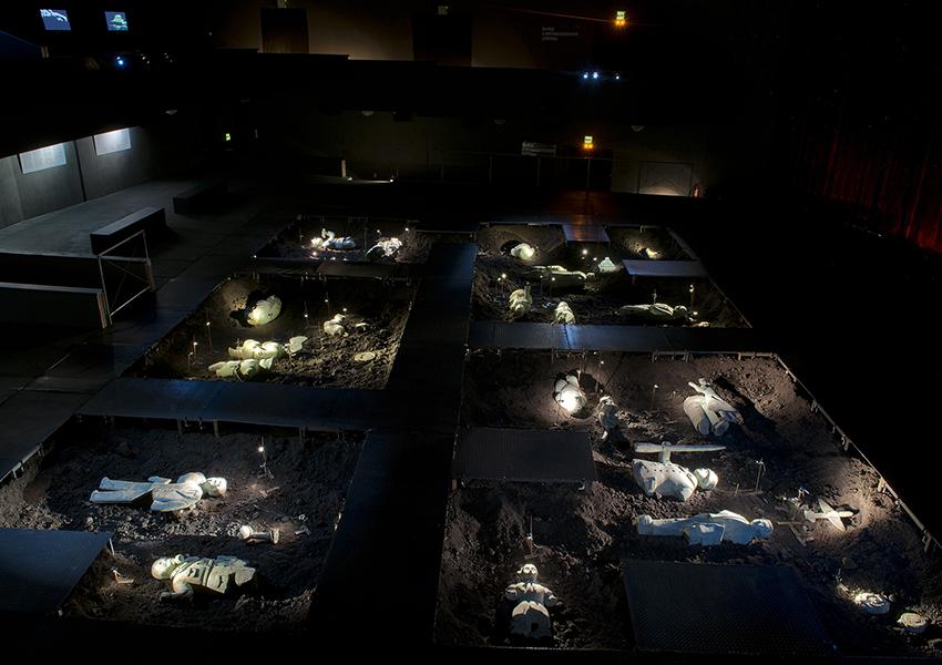 Новая выставка Фонда «Голубицкое»: искусство из земли, современный ширпотреб и таинственный этнос