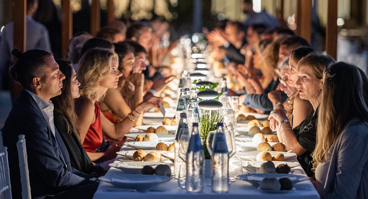 Новый отель: открытие Baglioni Resort Sardinia отметили гала-ужином