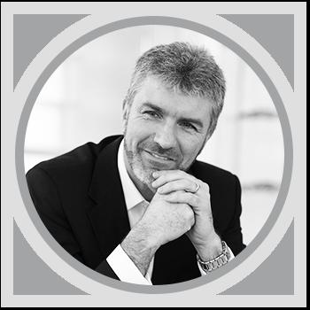 Марк Адамс, главный дизайнер компании Opel