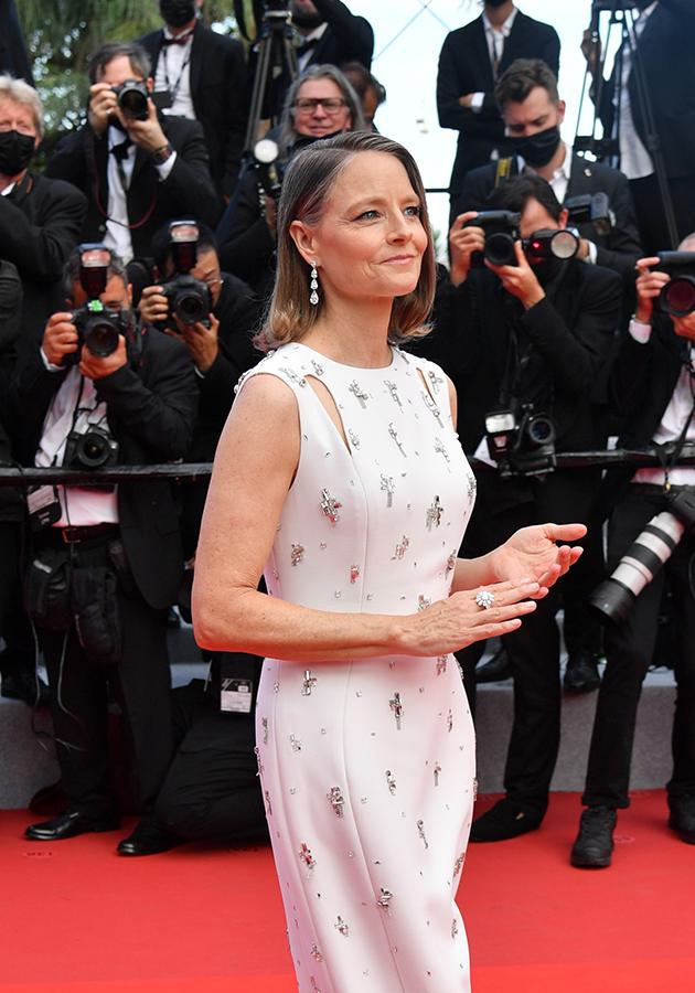 Джоди Фостер в платье Givenchy и в украшениях Chopard