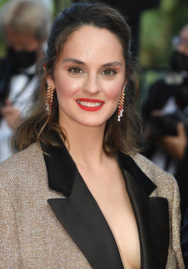 Ноэми Мерлан в образе Dior