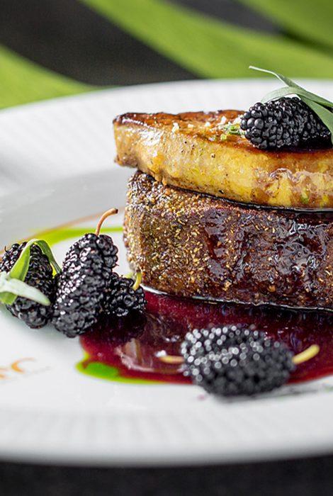 Едим не дома: березовый сприц в Sartoria Lamberti, «дикое» меню в 800°С Contemporary Steak и десерт в честь Дня московского транспорта в «Кофемании»