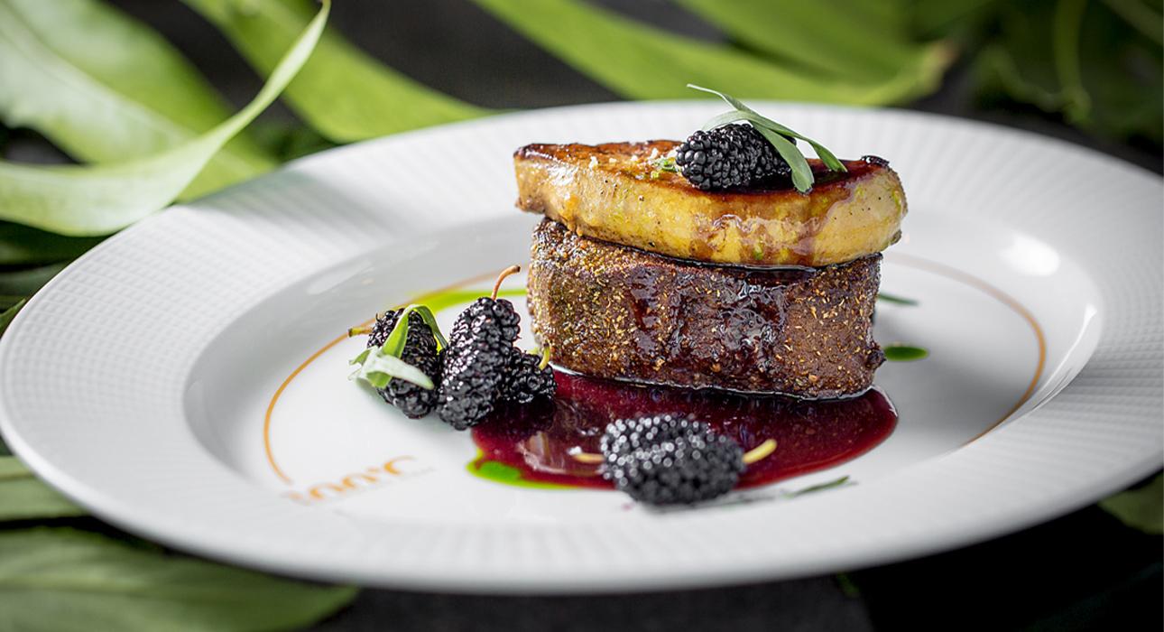 Едим не дома: березовый сприц в Sartoria Lamberti, «дикое» меню в 800 Contemporary Steak и десерт в честь Дня московского транспорта в «Кофемании»
