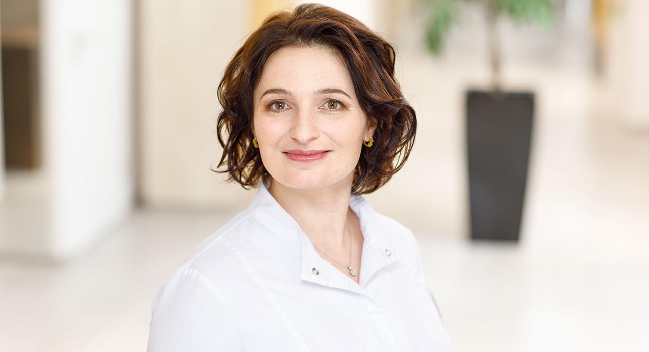 Качество жизни: репродуктолог с огромным стажем Елена Младова отвечает на все вопросы про ЭКО — удобные и не очень!