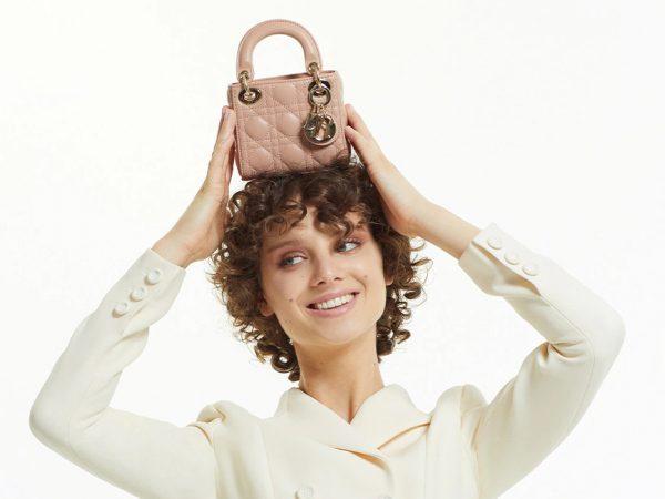 Shoes & Bags Blog: микросумочки Dior — пыльная роза, наивный голубой и каннаж в виде сердца
