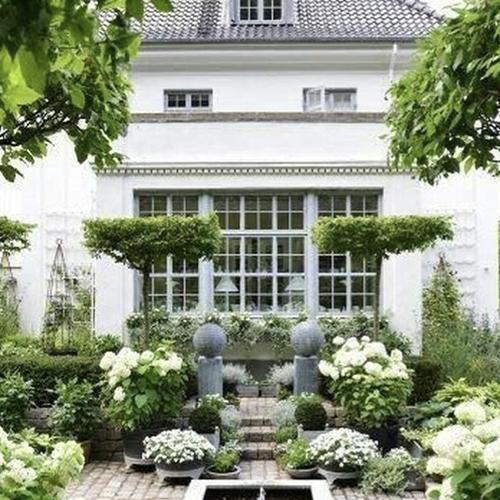 Home Decor: декоратор Лидия Симонова — о трендах в озеленении, сервировке и уютной реальности
