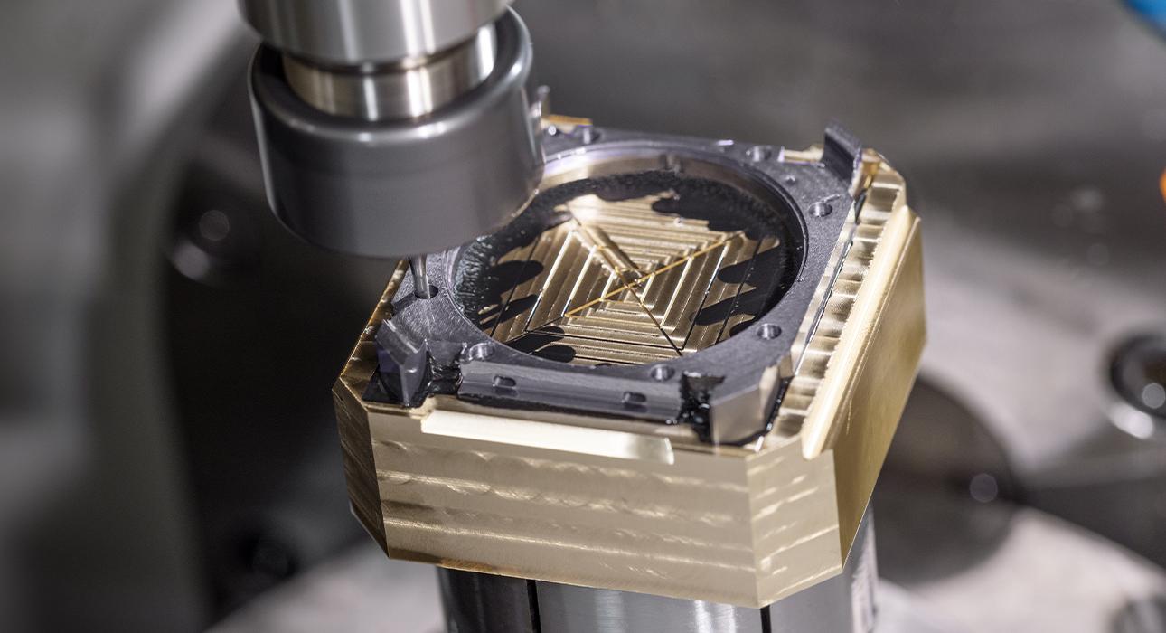 Bvlgari создаст часы Octo Finissimo Perpetual Calendar Tantalum