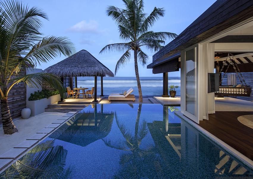 Naladhu Private Island (Мальдивы)