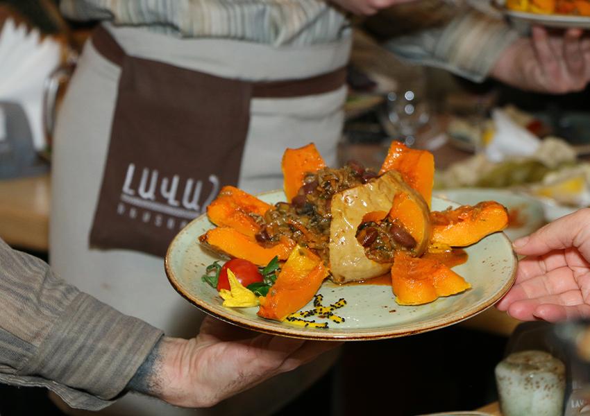 «Лаваш», любимый ереванский ресторан Ким Кардашьян
