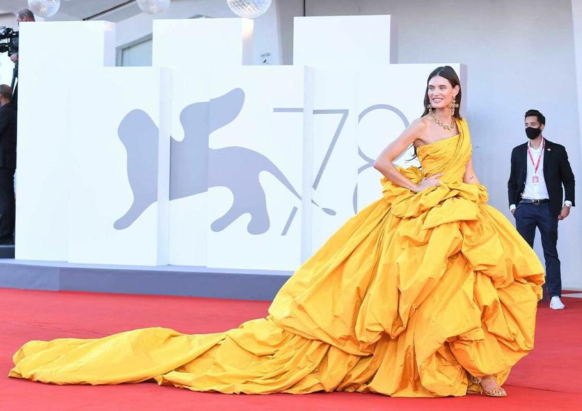 Бьянка Балти в платье Dolce & Gabbana