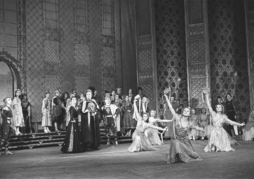 «Лебединое озеро». Хореограф Владимир Бурмейстер. Москва, 1953 год