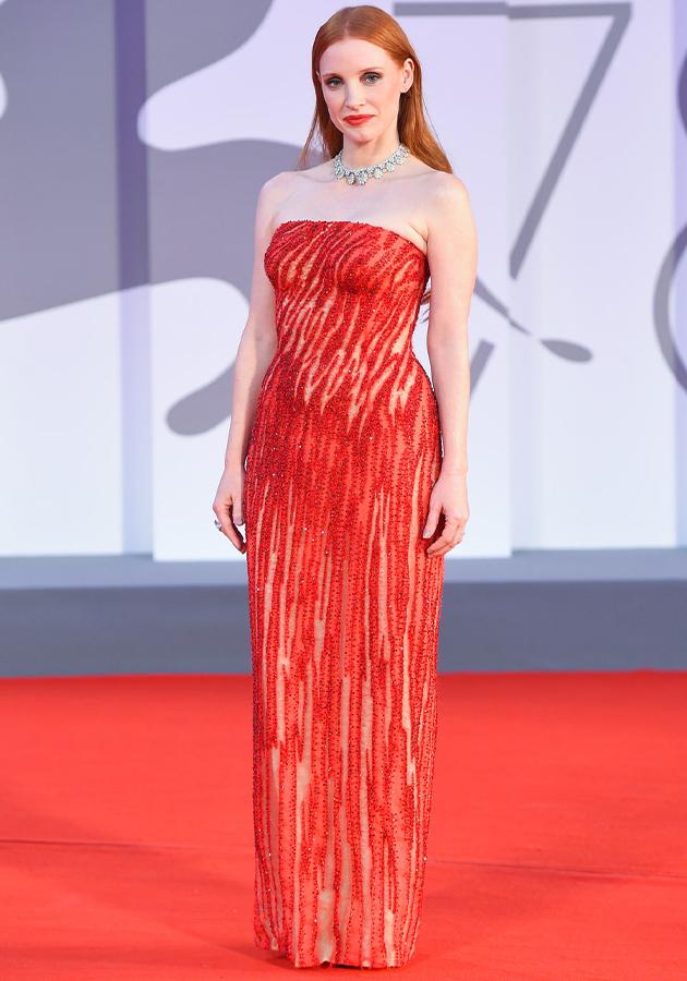 Джессика Честейн в платье Atelier Versace, «Сцены из супружеской жизни»