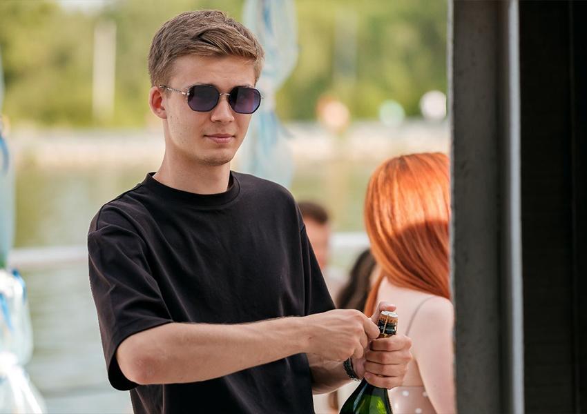 Сергей Вилачев, официант года (ресторан «Горожане»)