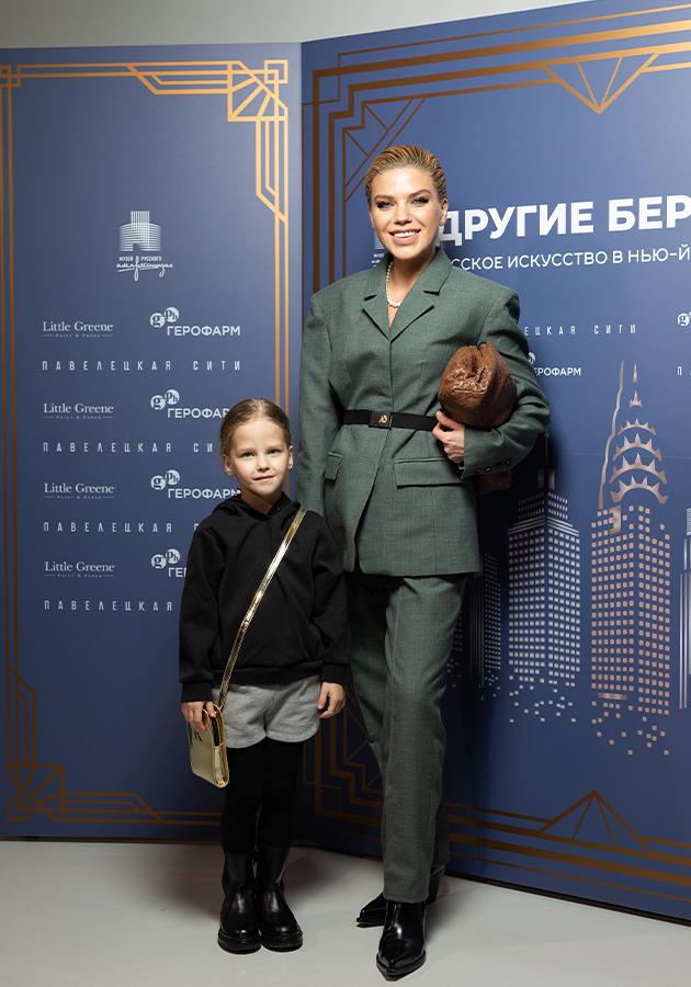 Олимпиада Тетерич с дочерью