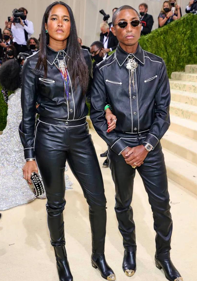 Хелена Лисичан и Фаррелл Уильямс в костюмах Chanel