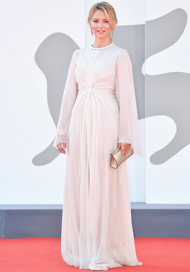 Виржини Эфира в платье Dior Haute Couture
