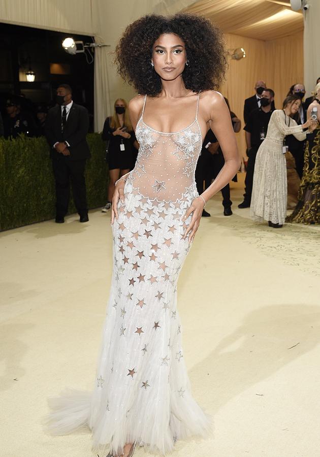 Имаан Хаммам в украшениях Tiffany & Co.
