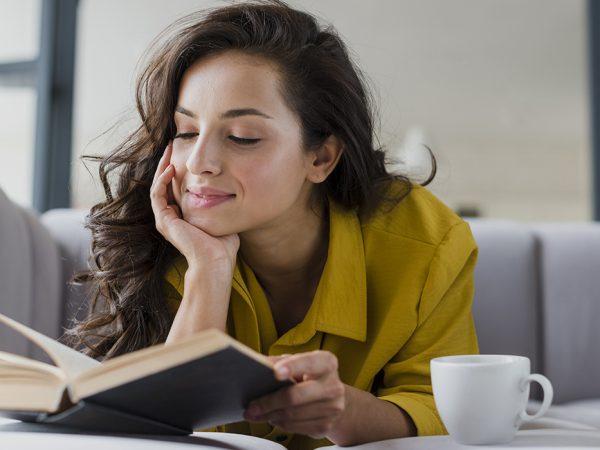 Книжная полка: новый роман Салмана Рушди, переиздание Набокова и6минут, которые изменят вашу жизнь