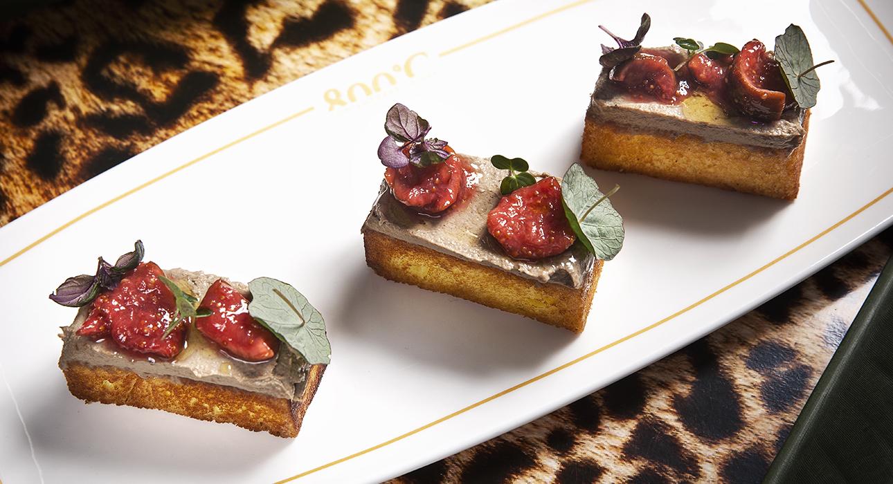 Едим не дома на выбор: итальянский ужин в Sartoria Lamberti, блюда с инжиром в 800°С Contemporary Steak и эногастрономический вечер в «Кофемания-Moss»