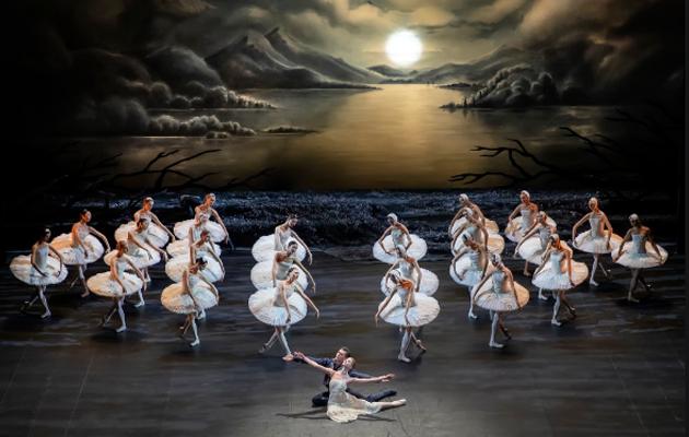 «Лебединое озеро» в постановке Начо Дуато, Михайловский театр