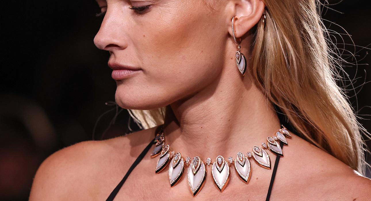 Гости парижского показа коллекции High Jewellery Messika, созданной в коллаборации с Кейт Мосс