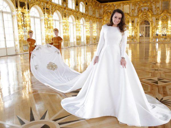 Style Notes: что известно про два свадебных платья Ребекки Беттарини— невесты великого князя Георгия Романова