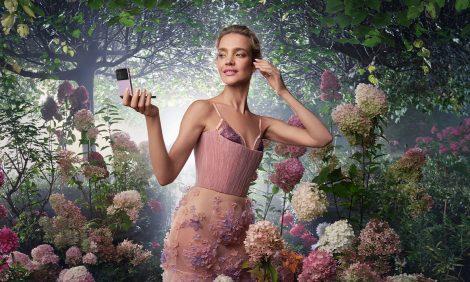 Hi-Tech: преображения Натальи Водяновой вновой кампании Samsung