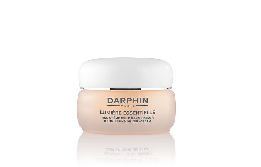 Крем-гель Lumiere Illuminating Oil Gel-Cream, Darphin, укрепляет естественный защитный барьер кожи благодаря входящей всостав натуральной сахарозе, гиалуроновой кислоте икоктейлю ценных масел.