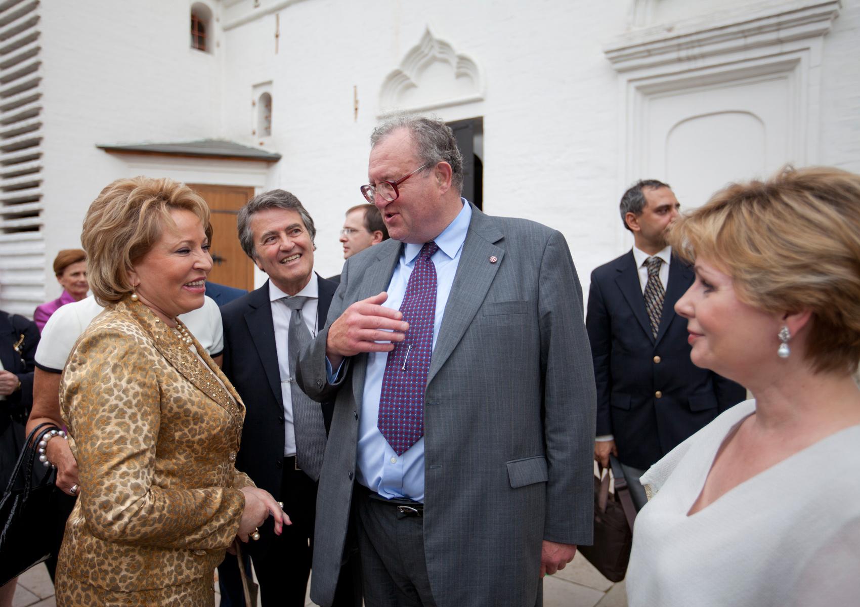 Глава Суверенного Ордена Мальты Фра Мэтью Фестинг с Валентиной Матвиенко, спикером Совета Федерации
