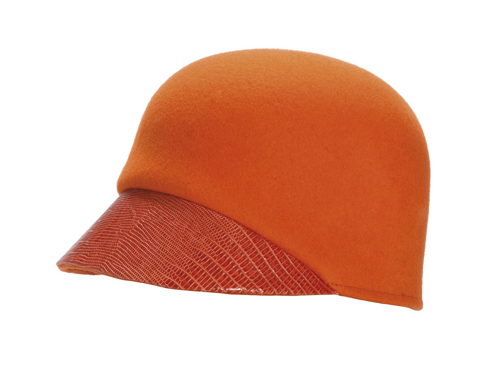 Шляпа,    Max & Co  ГУМ, Красная пл., 3,  тел. (495) 620 3255 цена  8 560 руб.