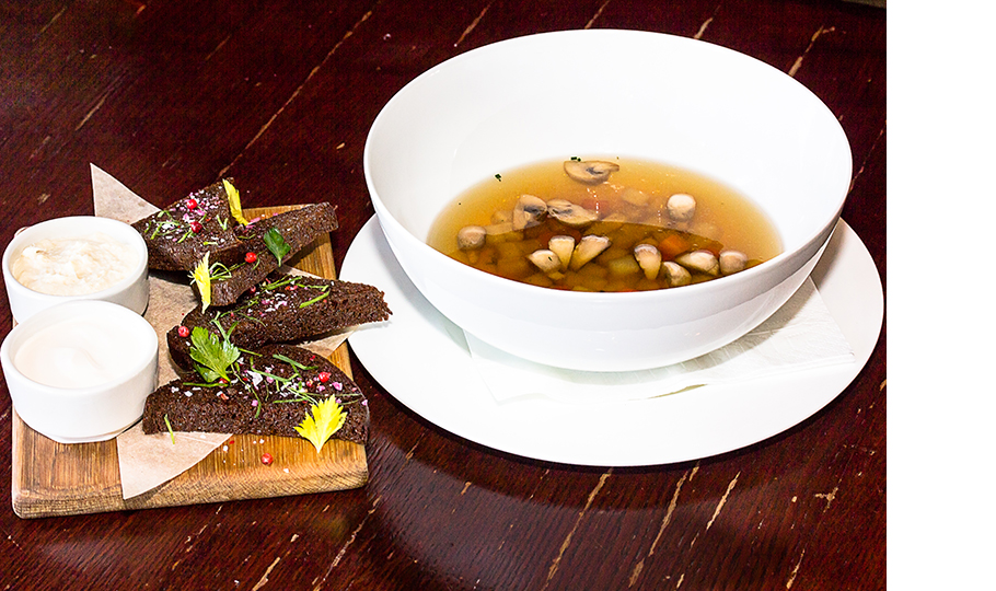 Суп из белых грибов и шампиньонов