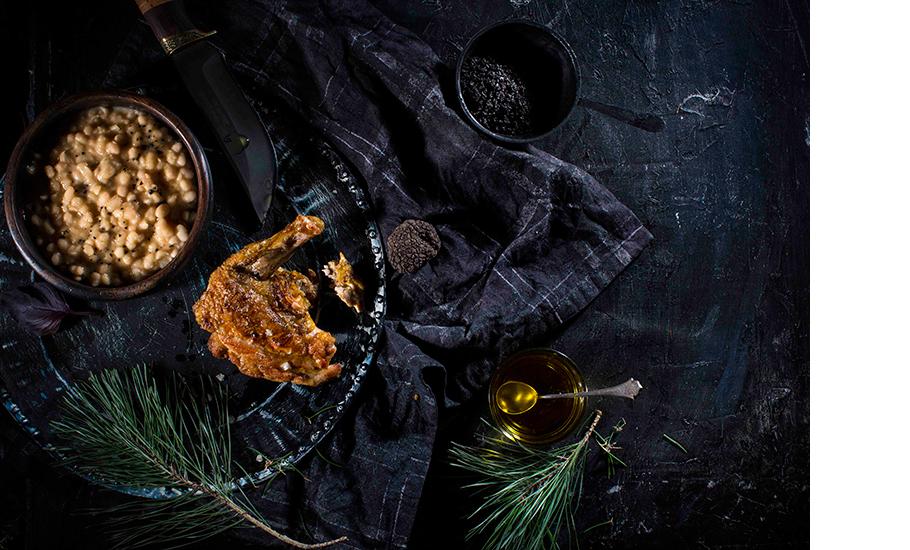 Филе цесарки с рагу из фасоли и трюфелем, Cafe21