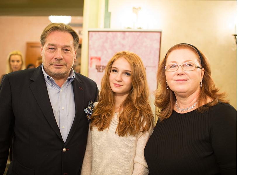 Николай Янковский с семьей