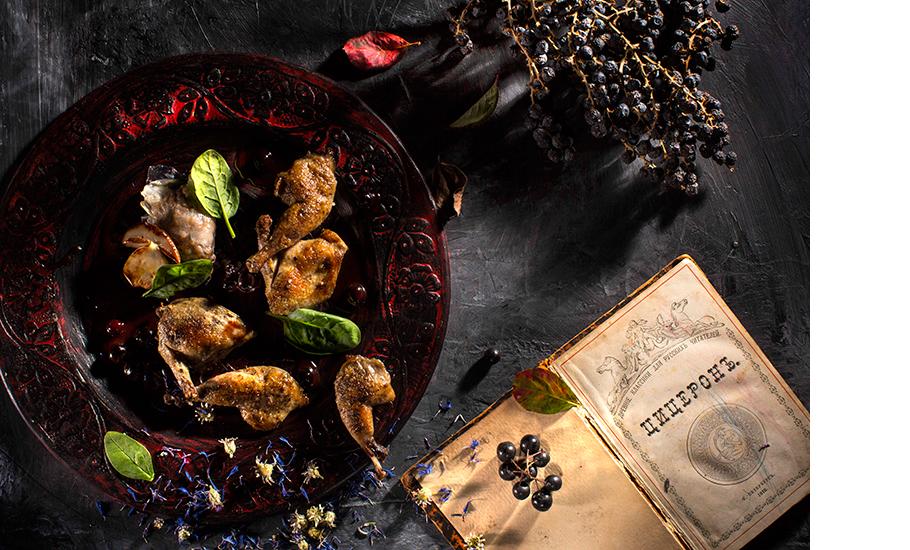 Перепёлка с черноплодной рябиной и равиоли из сала и потрохов, u00abZолотоиu0306u00bb