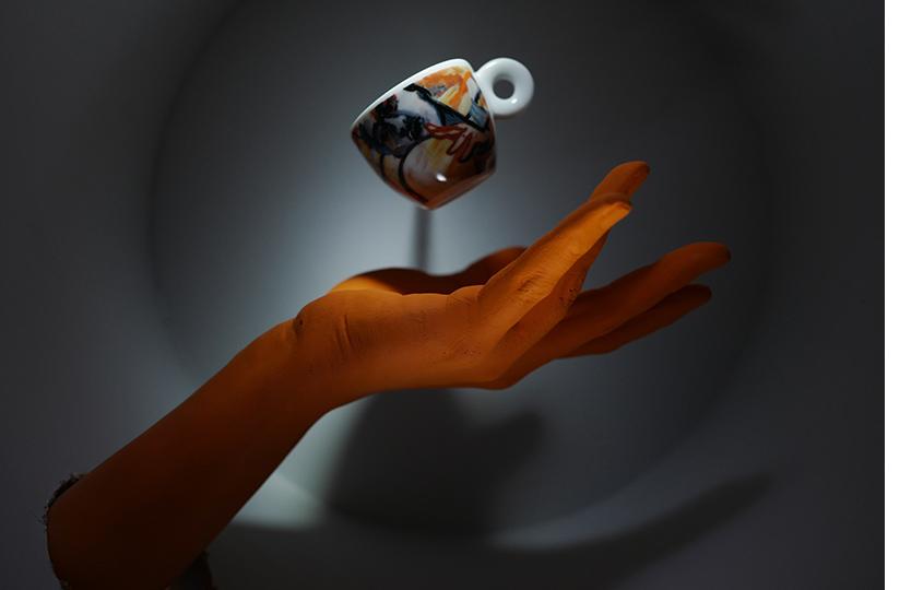 Инсталляция «Тарелка убежала сложкой»
