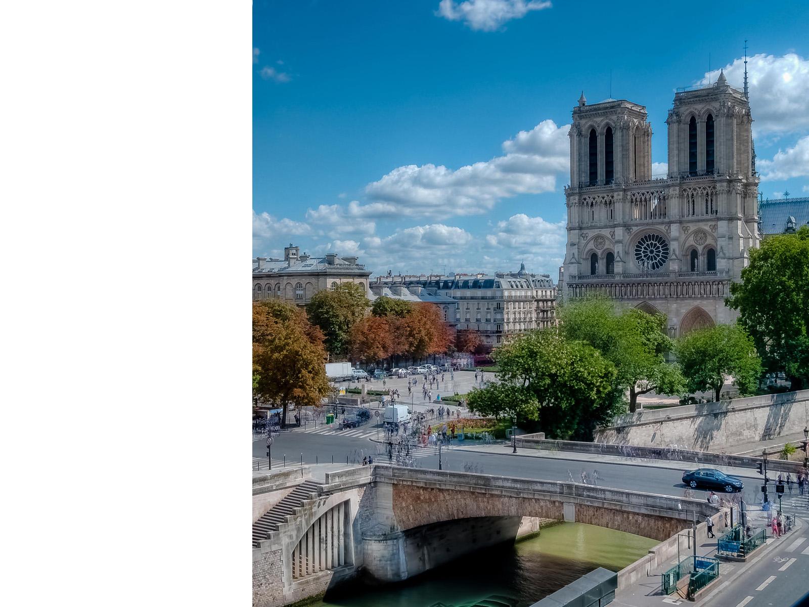 Les Rives de Notre Dame, Париж: u00abНа последнем дыханииu00bb, режиссер Жан-Люк ГодарВспомним классиков: отель Les Rives de Notre Dame на Левом берегу u2014 отличное место для романтиков и любителей окунуться в u00abкино-старинуu00bb. Годар также использовал фасад отеля Hotel de Suede для ключевой сцены с Бельмондо и Джин Сиберг.