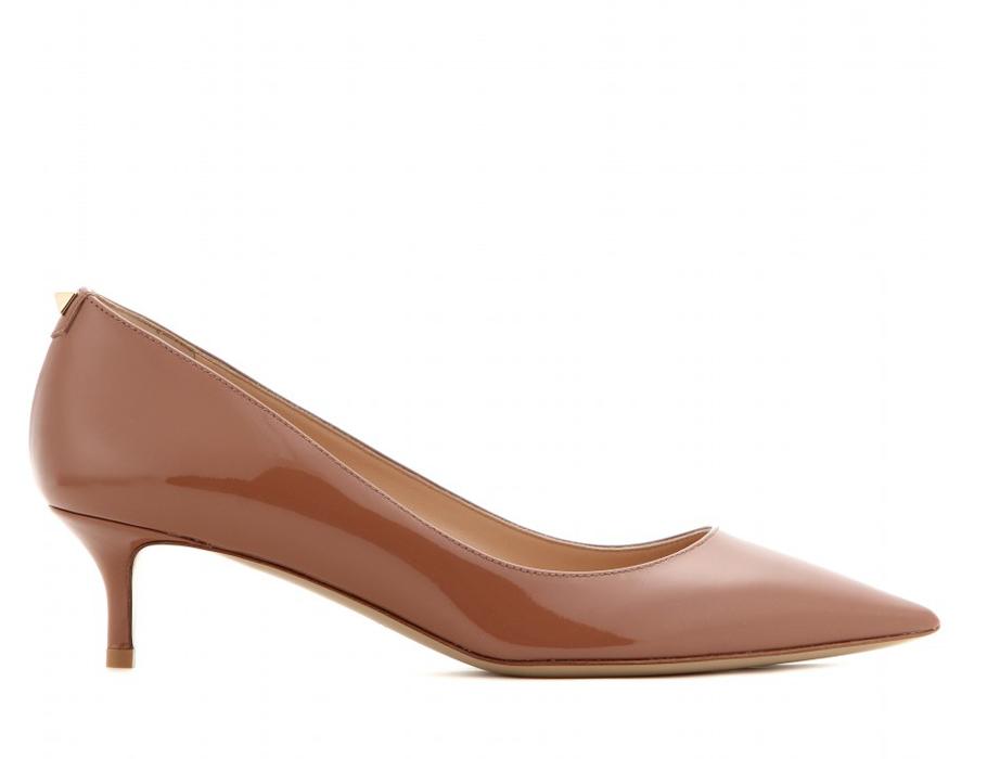 Классические туфли наневысоком каблуке Valentino