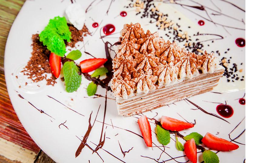 Блинный торт с ванильным муссом