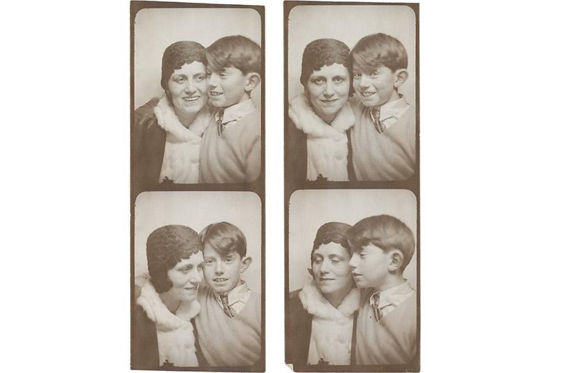 Два снимка Ольги иПоля Пикассо изфотоавтомата. Около 1928