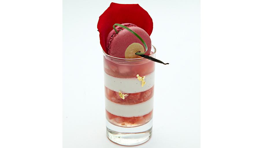 Гимов из цветов столетника, клубникою дополненный Легкий десерт из воздушного мусса алое-вера в сочетании с консоме из свежей клубники ЦЕНА: 350 РУБЛЕЙ u00a0