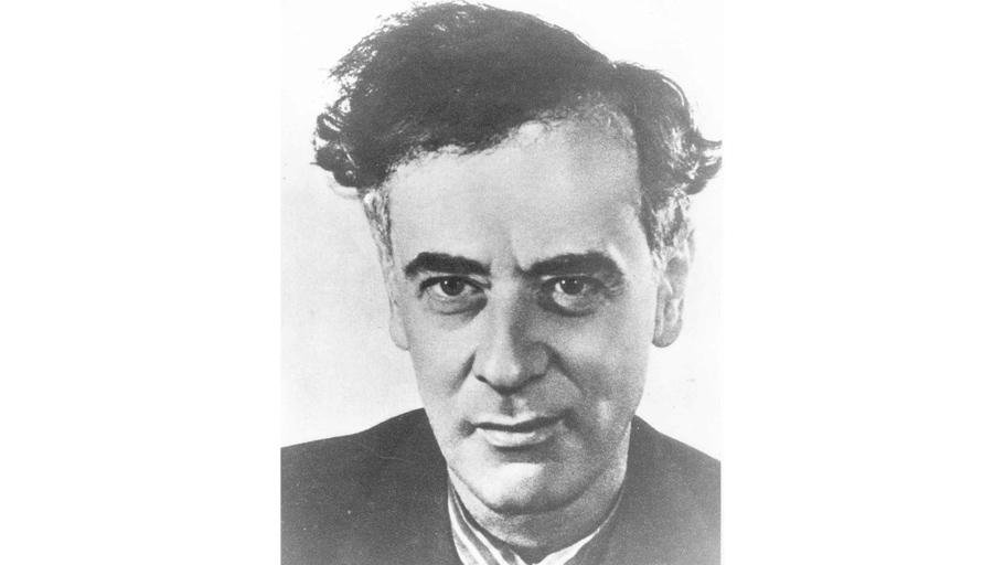 Лев Ландау   Знаменитый физик-теоретик, лауреат Нобелевской Премии, был также автором «теории счастья». Она гласила: «Брак— это кооператив, ничего общего неимеющий слюбовью. Главное, что должен сделать человек всвоей жизни— это быть счастливым. Поэтому гуляйте, любите ирадуйтесь каждому дню! Жениться при этом можно, нопомните, что супруги— это абсолютно свободные люди!» Ландау утверждал, что измены вбраке необходимы, так как отэтого, поего мнению, брачные отношения становятся только прочнее. Сосвоей гражданской женой Корой Дробанцевой они даже заключили «пакт оненападении всупружеской жизни».