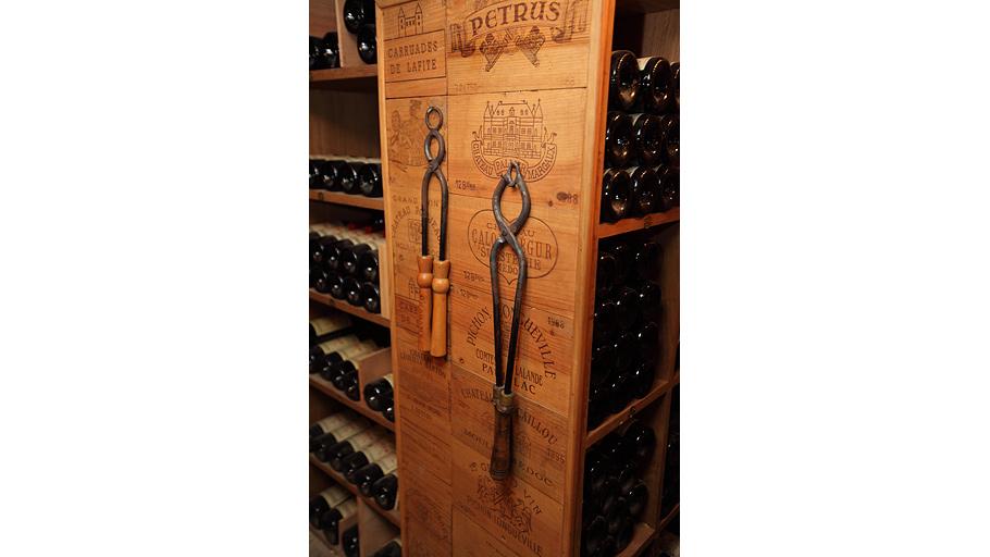 Спомощью такого «инструмента» открывают бутылки спортвейном