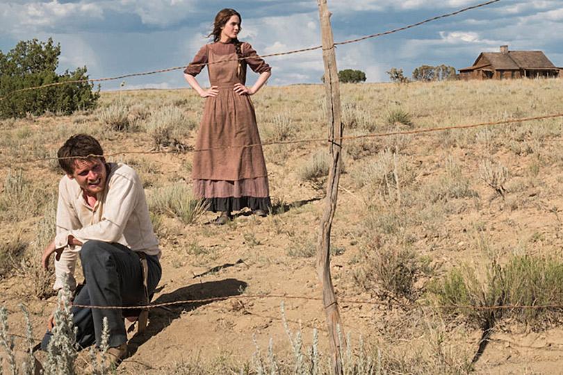 Полиамория, комедия будущего идрама Дикого Запада: новые сериалы ноября. «Забытые Богом» (Godless)