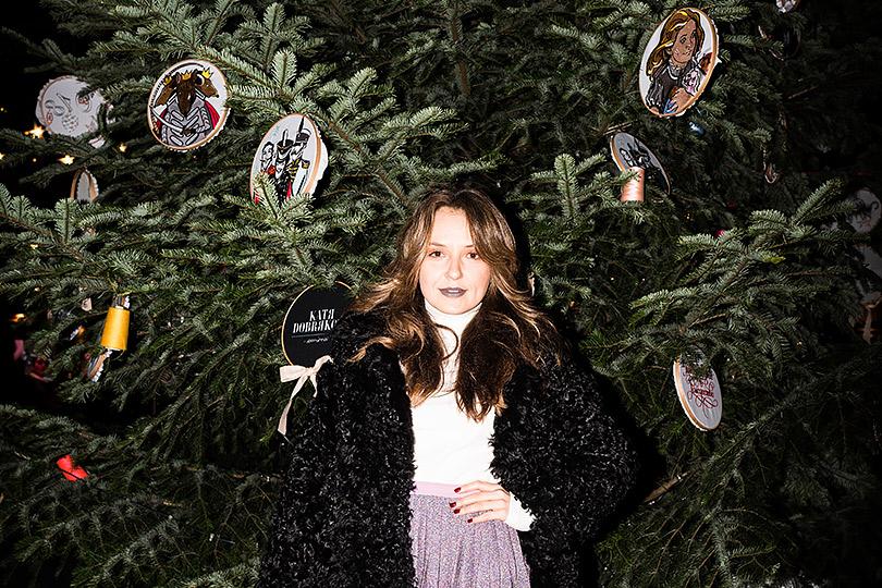 Лес густой: новогодние елки отдизайнеров смировым именем