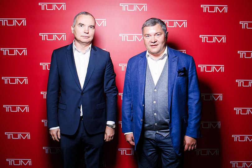 Презентация бренда Tumi иpublic talk вособняке Смирнова. Андрей Языков иВячеслав Шикулов (Tumi Russia)