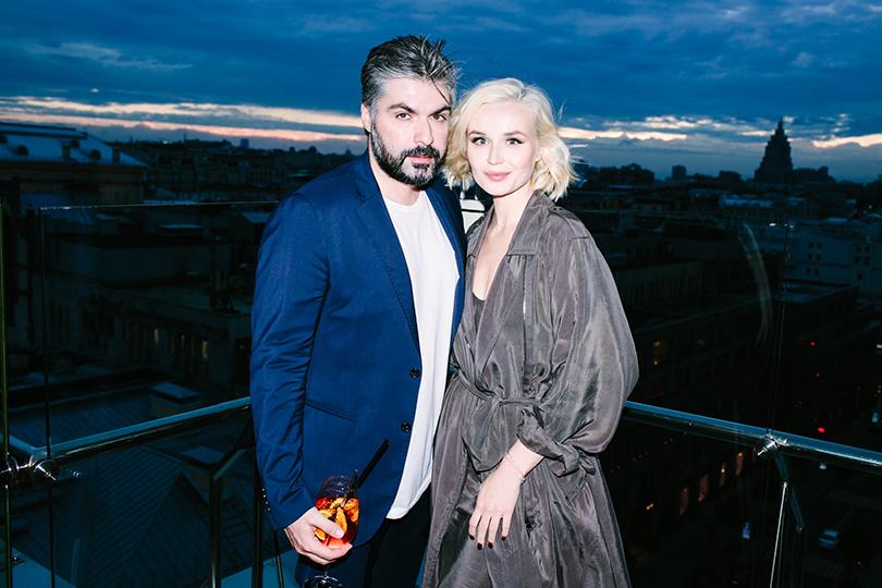 Полина Гагарина навечеринке вчесть запуска французского парфюмерного бренда Haute Fragrance Company. Полина Гагарина ссупругом Дмитрием Исхаковым